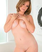 Sierra Sanders (29 años)