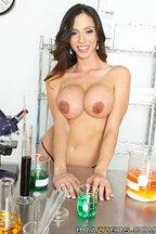Doctora Ariella Ferrera seducida por una buena polla, foto 4
