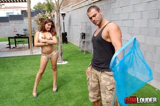 Carla Cruz ansiosa por que Juan-Z rellene su coñito húmedo, foto 3