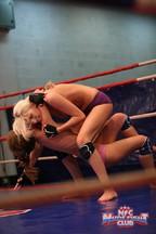 Pelea lésbica con Alice Miller y Danielle Maye, foto 8