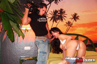 Victoria Cruz follada mientras Juan-Z la graba con una cam porno, foto 8