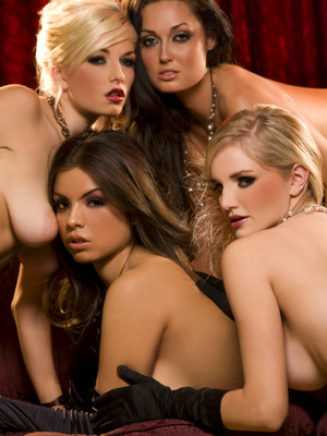 Melissa Jacobs,Danielle Trixie,Yurizan Beltran y Liz Ashley