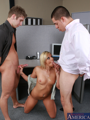 Lilly Kingston,David Loso y Danny Wylde