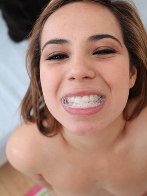 Rosalie Ruiz y desconocido