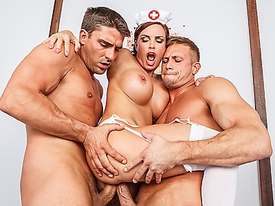 Diamond Foxxx,Toni Ribas y Bill Bailey