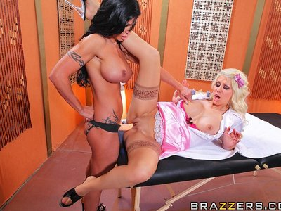 Jazy Berlin y Jewels Jade