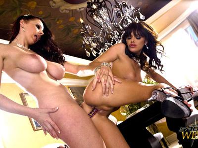 Sadie West y Gianna Michaels