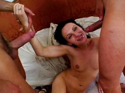 Victoria Sin,Zenza Raggi y Benjamin Brat
