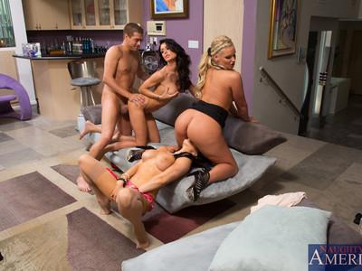Jessica Jaymes,Phoenix Marie y Romi Rain y Xander Corvus