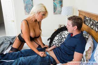 Bridgette B en un anal con Markus Tynai, foto 10