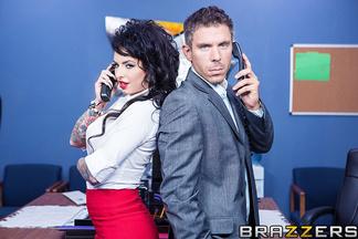 Mick Blue enculando a su secretaria Christy Mack, foto 5