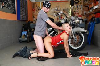 Sabrina Blond se pone cachonda con su novio motero, foto 15