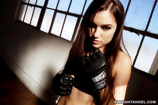 Chicas deportistas con Sasha Grey y James Deen, foto 1