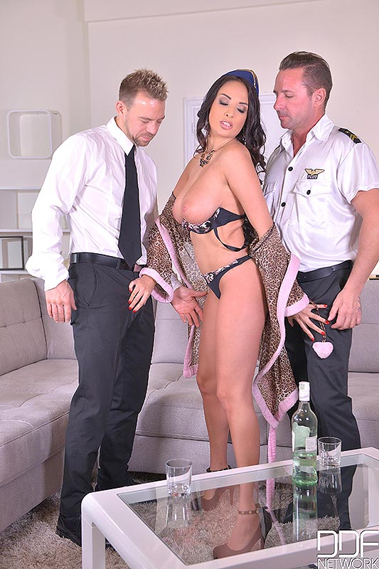 Anissa Kate,David Perry y Erik Everhard, foto 4
