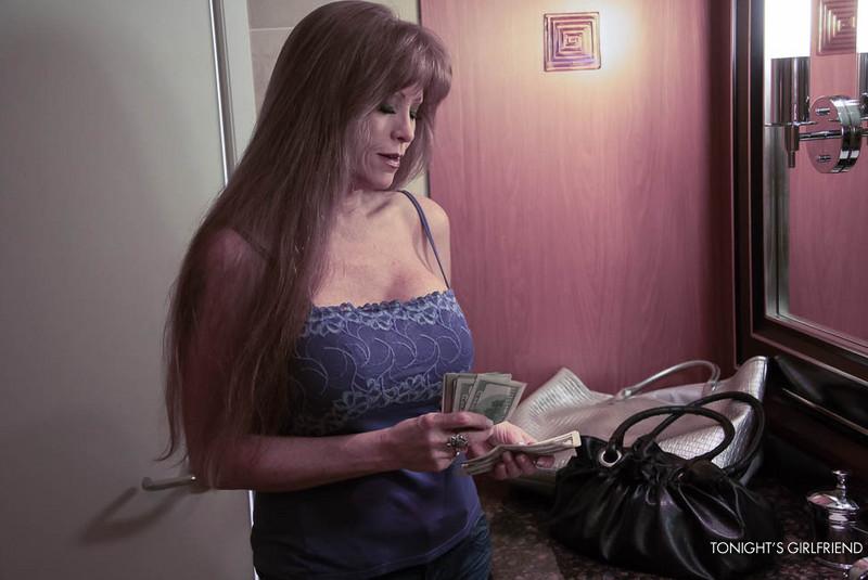 sarah larson boob job pictures